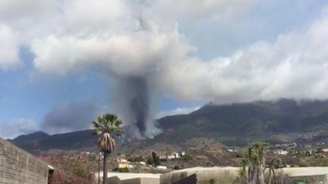 Volcano Erupts On La Palma In Spain's Canary Islands.jpg