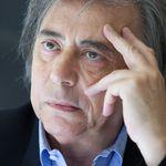 Carlo Freccero firma referendum contro green pass,
