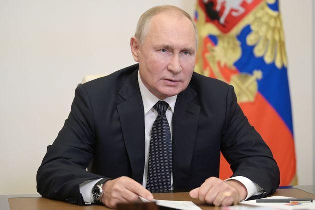 Vladimir Poutine, dont le parti a remporté les élections législatives, le 17 septembre...