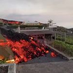 Ηφαίστειο στη Λα Πάλμα: Μέσα στα σπίτια η λάβα - 5.000 άνθρωποι έχουν απομακρυνθεί