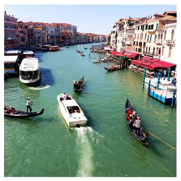 """""""Θάνατος στη Βενετία"""" κι άλλα τέτοια μου τριβελίζουν το κεφάλι."""
