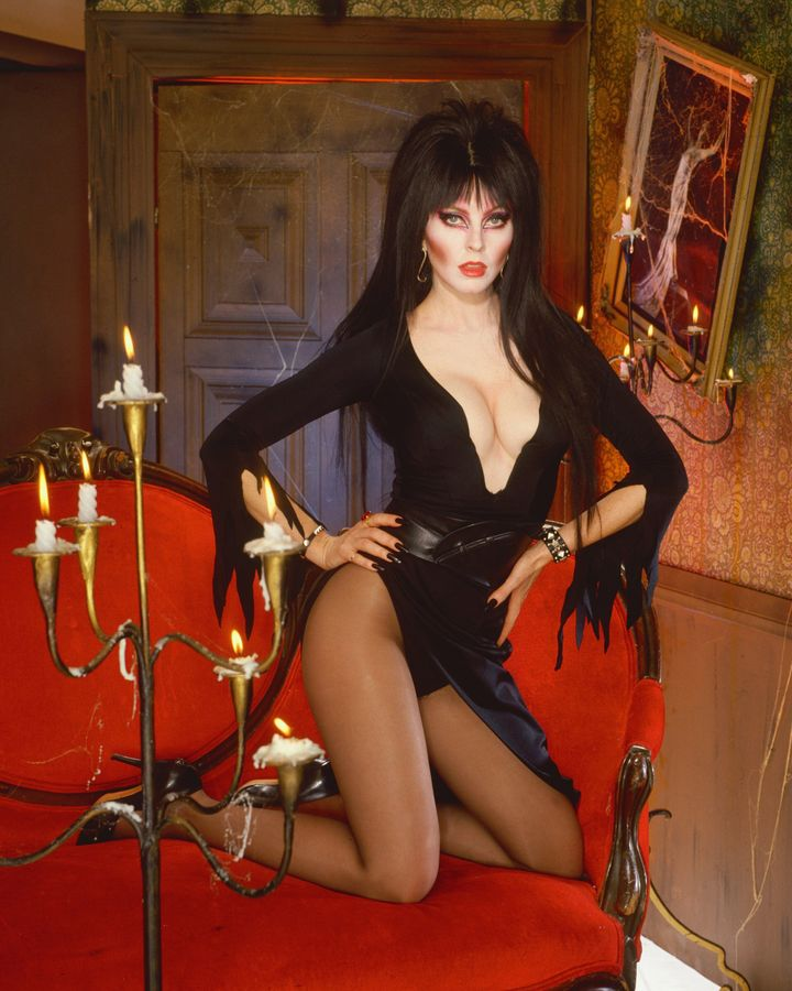 Peterson in all her Elvira glory in 1990.