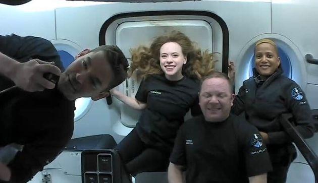 Les quatre touristes privés à bord de la capsule Crew