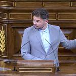 Rufián cita una frase de Casado, hace un gesto con la mano y en el Congreso todo son