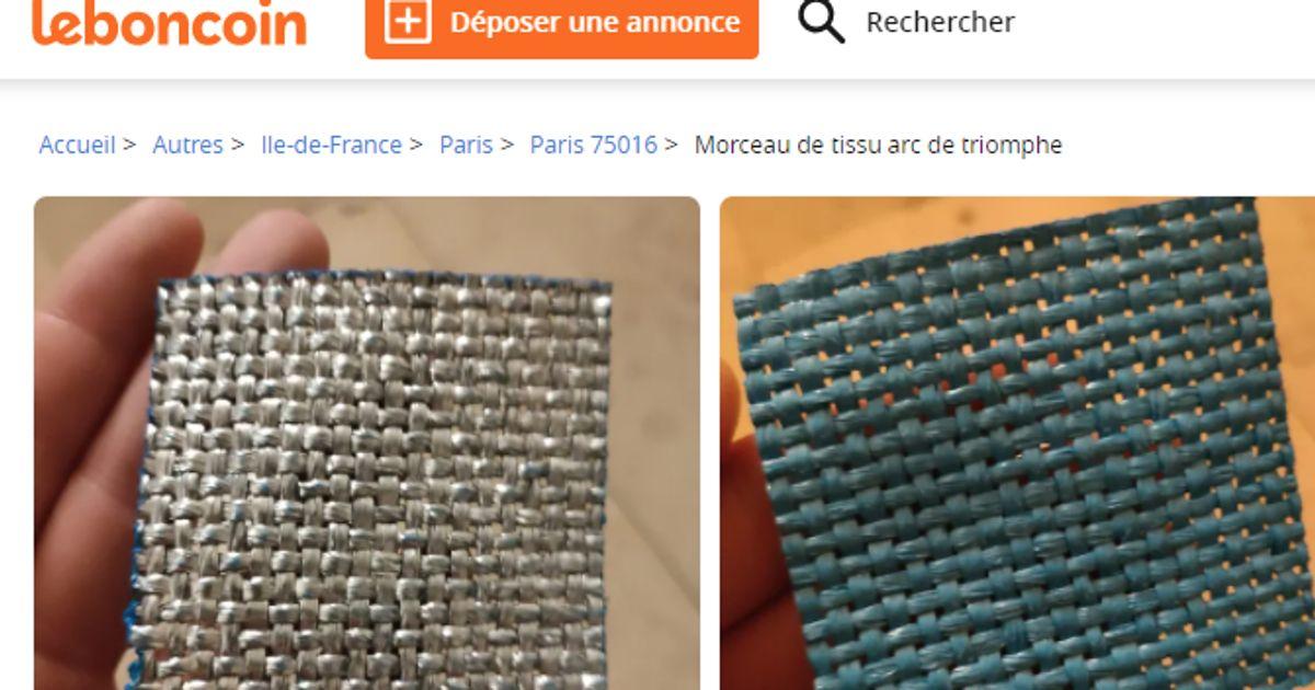 Des bouts du tissu qui a emballé l'Arc de Triomphe en vente sur Le Bon Coin