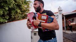 Vicens Vives y Correos envían material escolar a niños que han perdido su escuela en La