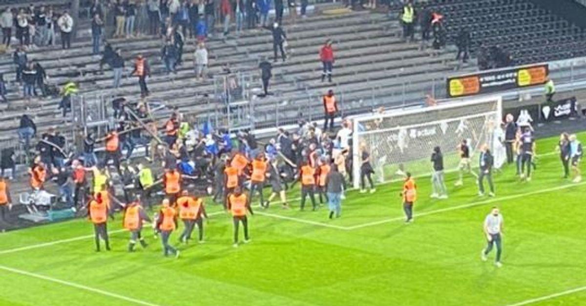 Des incidents entre supporters sur la pelouse après le match Angers-Marseille