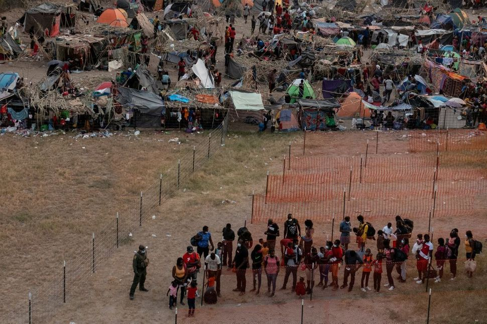 Migrant Crisis: Pictures Capturing The Ongoing Chaos At The US-Mexico