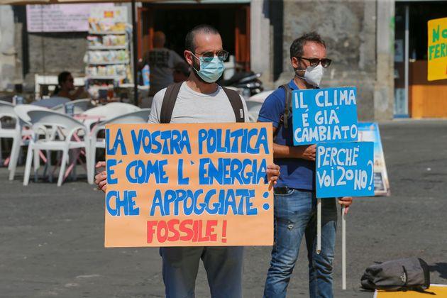 Crisi climatica: economia no carbon ed educazione ambientale non sono più