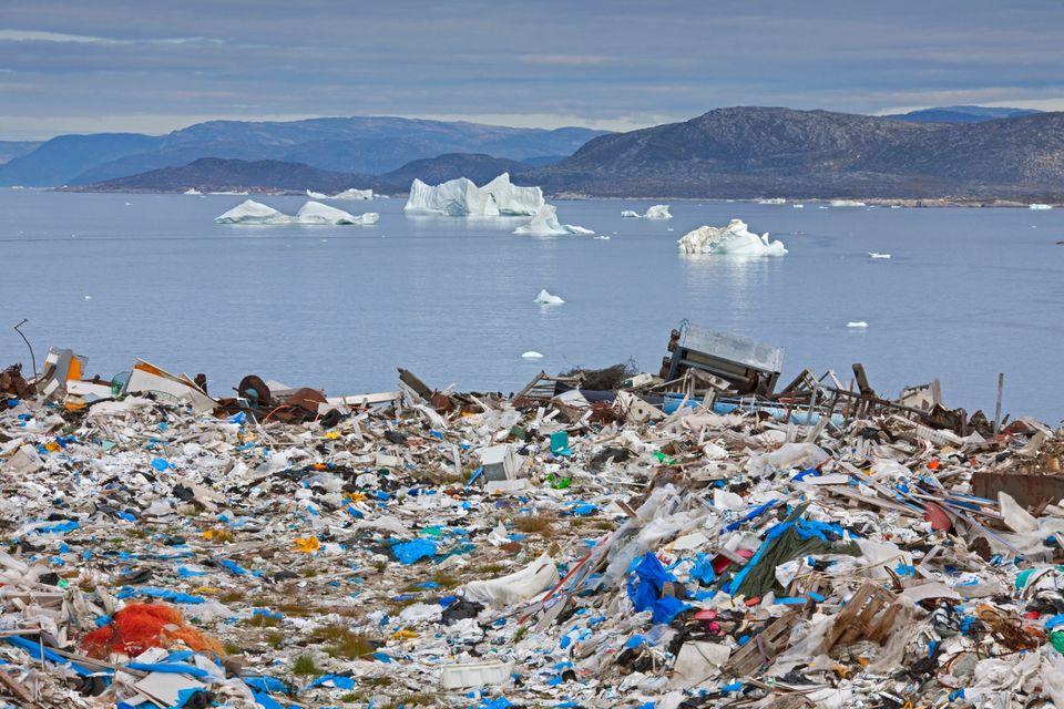 Ubicado cerca de Disco Bay, Groenlandia.