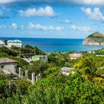 Νησί δέχεται μόνο τουρίστες με ετήσιο εισόδημα 70.000$ και απαιτεί ελάχιστη διαμονή 14