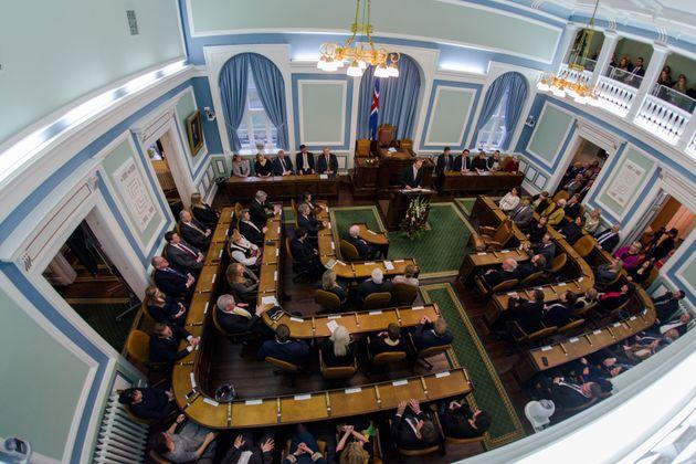 Une vue générale du Parlement islandais, en décembre