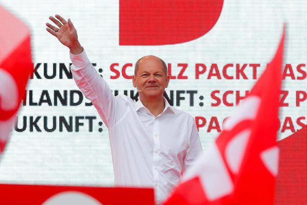 Olaf Scholz, candidat du SPD aux élections législatives allemandes et dont le parti a revendiqué...