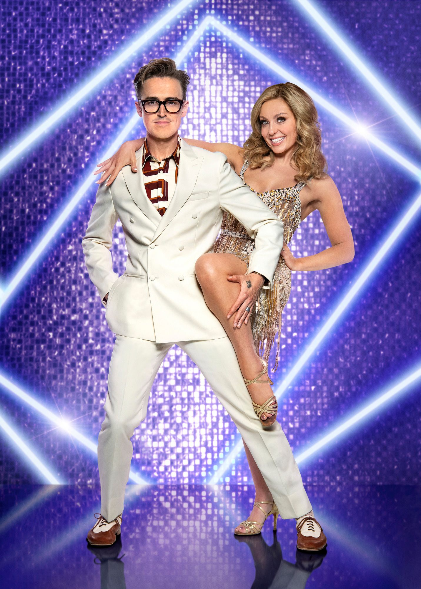 Strictly Come Dancing Stars Tom Fletcher And Amy Dowden Test Positive Covid-19