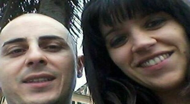 Uccise la moglie e il figlio di 5 anni, suicida in carcere Alexandro