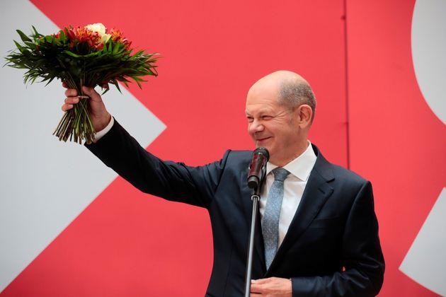 Socialistes et écolos français sont ravis des élections allemandes marquées par la victoire d