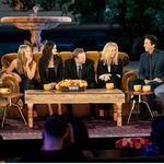 Τζένιφερ Άνιστον: Το reunion με «Τα Φιλαράκια» ήταν γροθιά στο