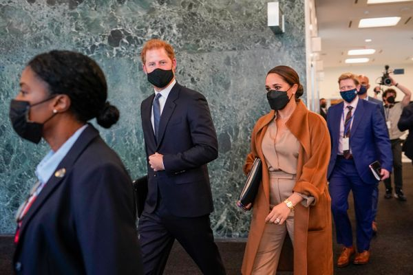 The Sussexes leave the U.N. headquarters.