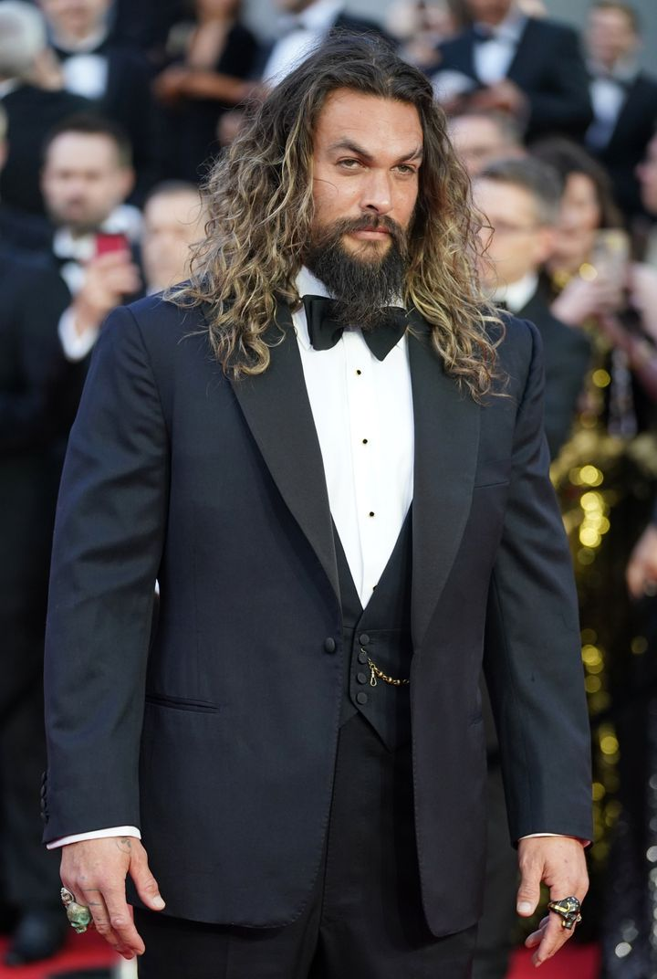 """Jason Momoa lets his hair down for """"No Time to Die."""""""