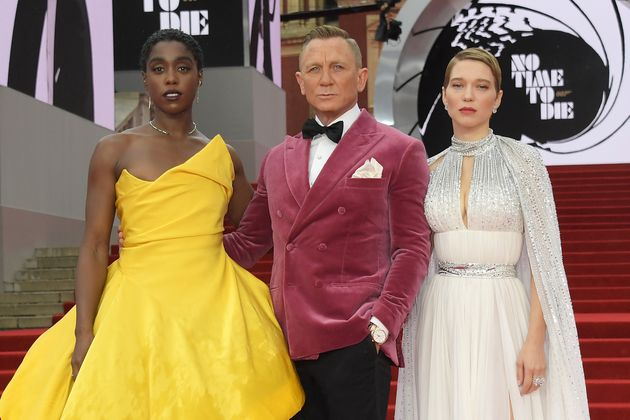 (L to R) Lashana Lynch, Daniel Craig and Lea Seydoux attend the World Premiere of No Time To Die at the Royal Albert Hall on September 28, 2021 in London, England. (Photo by David M. Benett/Dave Benett/Getty Images)