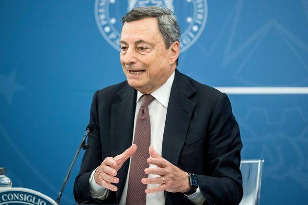 """Draghi: """"In manovra 12 miliardi per il taglio delle tasse"""""""