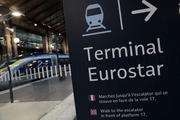 Aller au Royaume-Uni juste avec votre carte d'identité, c'est désormais impossible (photo d'illustration, décembre 2020)