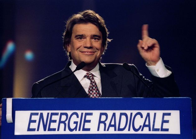 Bernard Tapie (ici en 1994) l'arme de Mitterrand contre l'extrême droite (et contre Rocard)