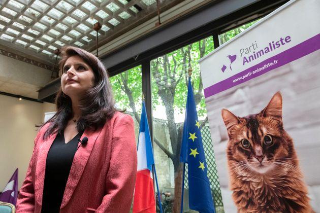 Chasse, élevage, abattoirs... La candidate du Parti animaliste, Hélène Thouy, charge...