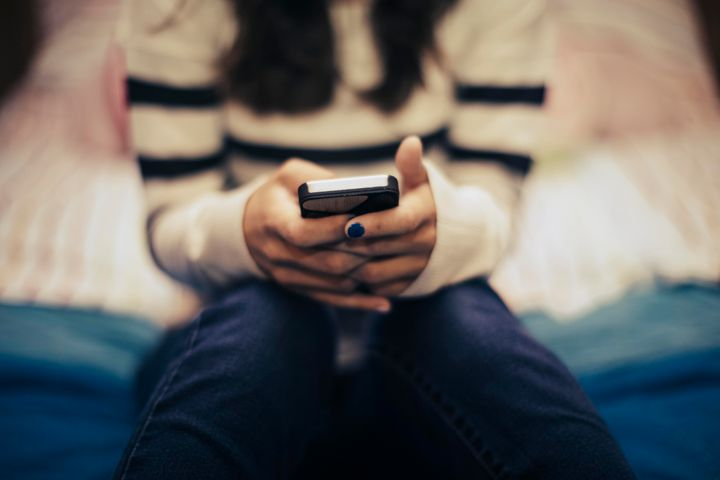 A new report argues Instagram can take a toll on teens' body image.