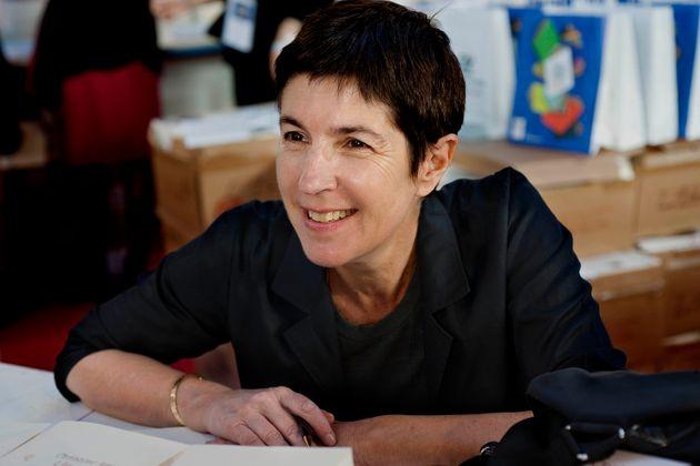 Christine Angot, fotografiada aquí en la 34a Feria del Libro, en Brive-la-Gaillarde en Francia el ...