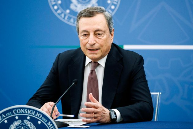 Draghi accelera: terza dose necessaria