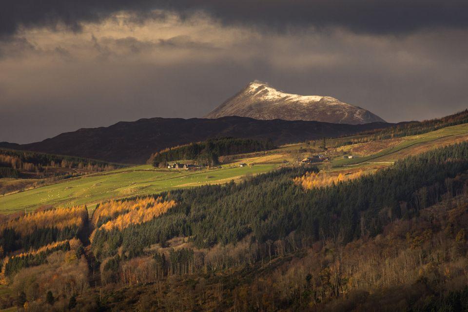 Πόσο ζυγίζει η γη: Πώς ένα βουνό στη Σκωτία έδωσε την