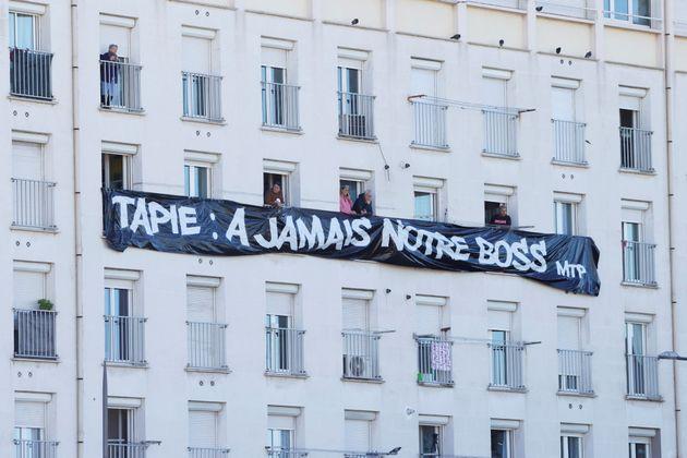 Les Marseillais ont rendu un dernier hommage à Bernard Tapie, ce vendredi 8 octobre. Dans cette tribune, Nadia Hai -la ministre en charge de la Ville- rend à son tour hommage à son prédécesseur.