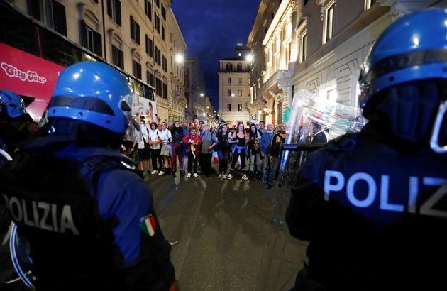 Camera approva subemendamento 'tappa buche' per Roma