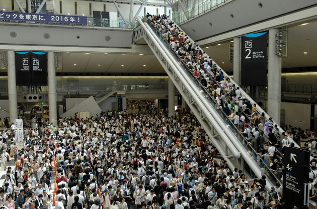 多くの人が訪れるコミックマーケット=2007年8月17日、東京都江東区