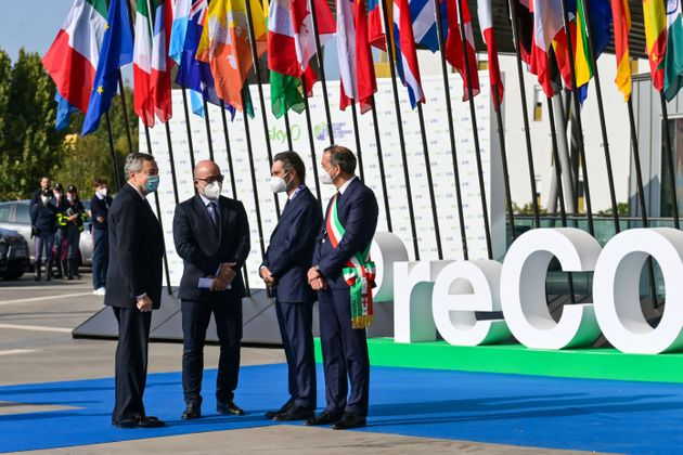 (From L) Italy's Prime Minister, Mario Draghi, Italy's Minister for Ecology Transition, Roberto Cingolani,...
