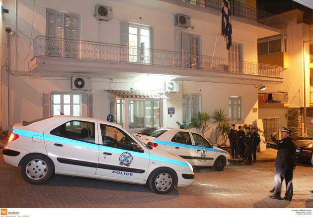 Σοκ στη Θεσσαλονίκη: Θείος βίαζε τα ανήλικα ανίψια του για τέσσερα