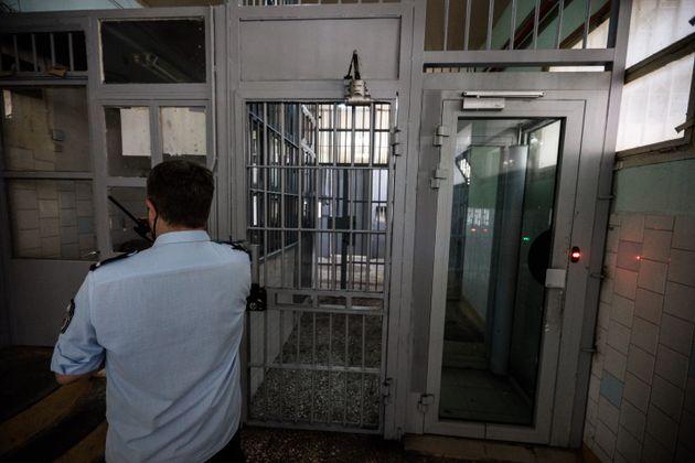 Στην εντατική τρεις κρατούμενοι μετά από σοβαρό επεισόδιο στις φυλακές