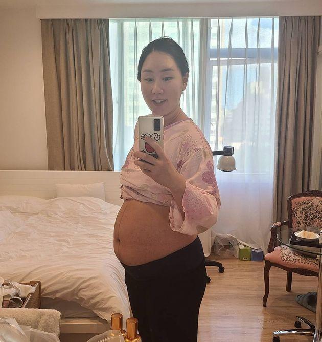 출산을 했지만 배가 여전히 임신을 한 것처럼 볼록한