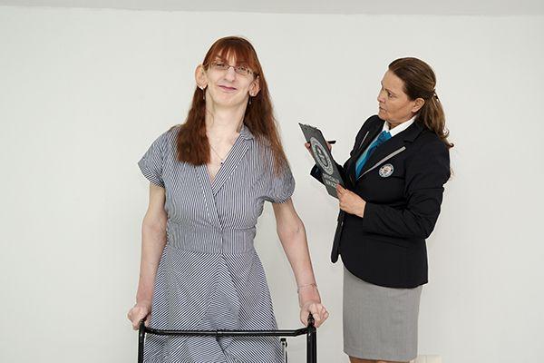 Η πιο ψηλή γυναίκα του κόσμου είναι από την