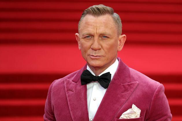 Daniel Craig Says He Hangs Out In Gay Bars To Avoid 'The Aggressive D*** Swinging In Hetero