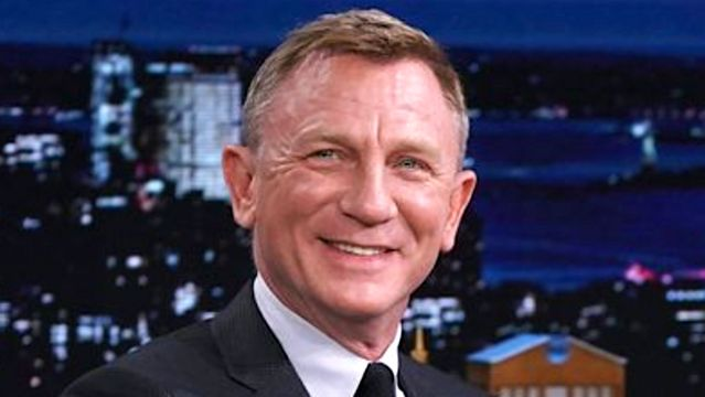Daniel Craig Prefers Going To Gay Bars And You Probably Can't Guess Why.jpg