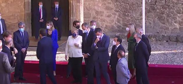 Merkel, Felipe VI y Pedro Sánchez se marchan mientras Casado se queda sin poder
