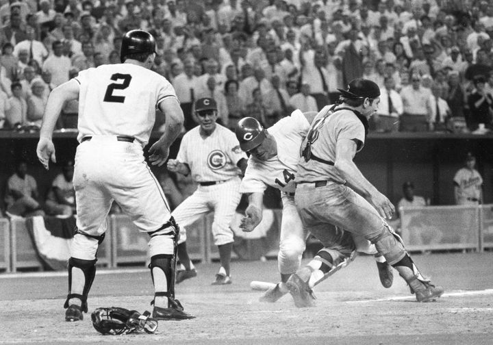 Pete Rose crashed into Fosse to score the winning point in the 1970 All-Star Game.