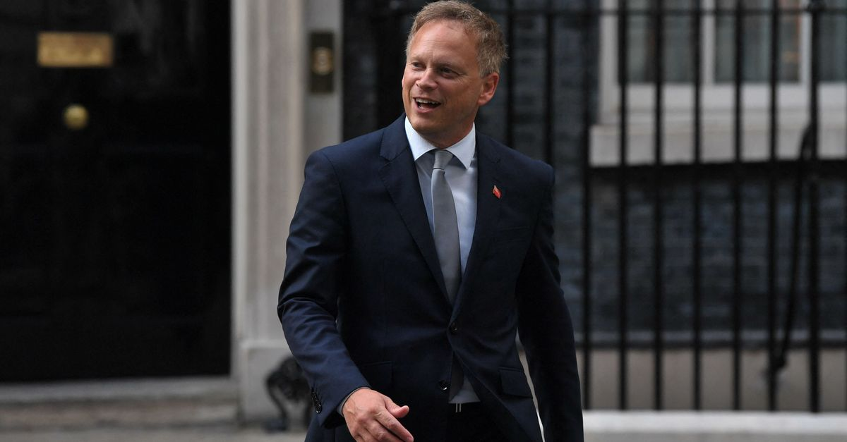Grant Shapps Confirms Switch From PCR To Lateral Flow Tests For Holidaymakers
