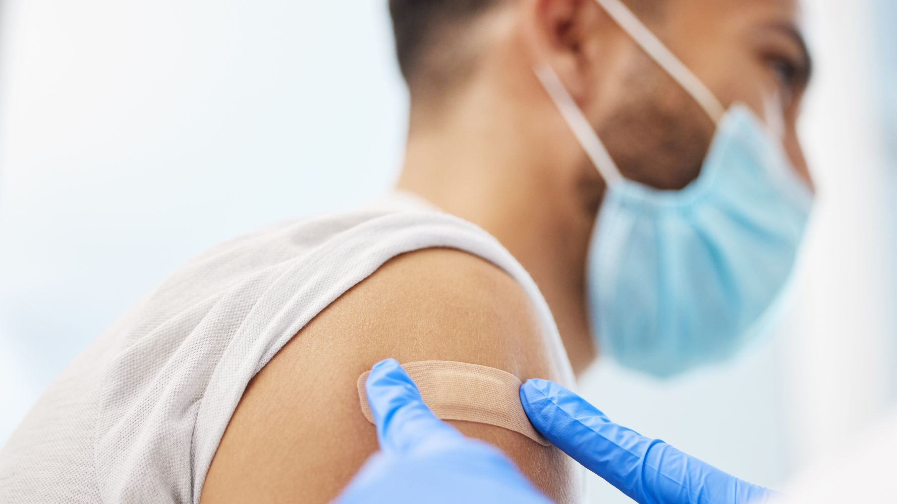 90,000 Summer COVID Deaths Could Have Been Prevented By Vaccination, Says Study