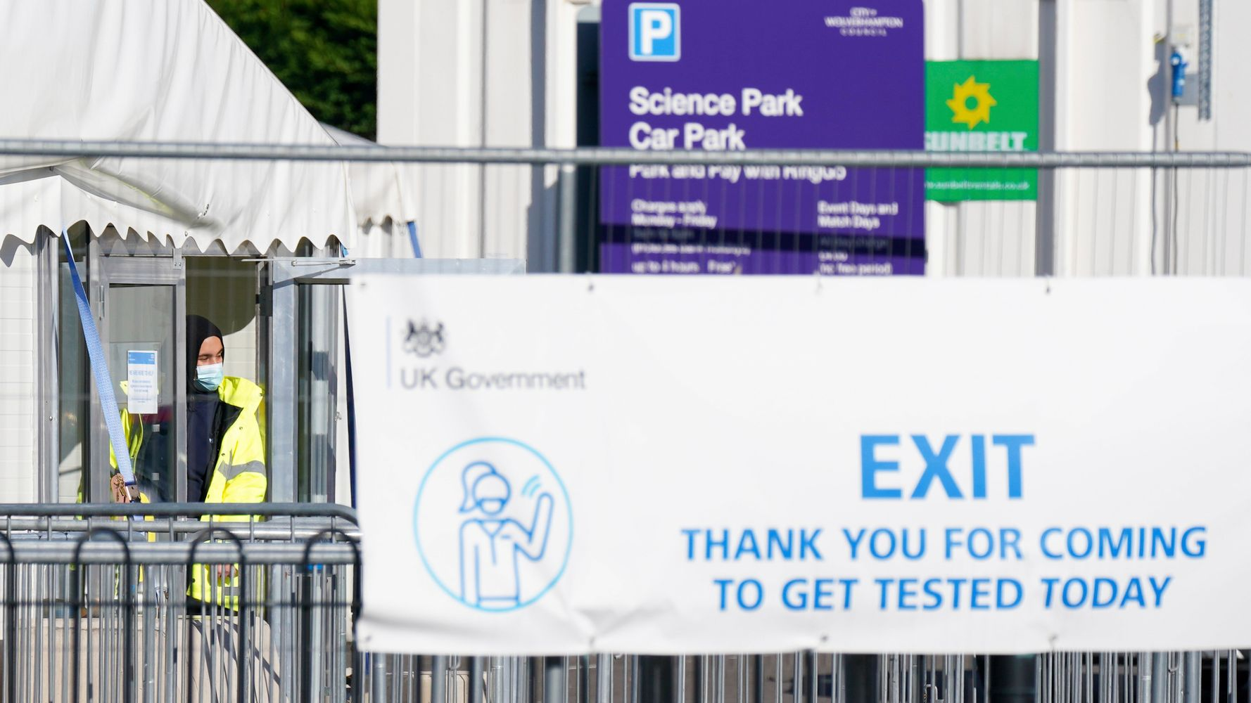 UK Health Officials Fear 43,000 Received False Negative COVID-19 Test Results