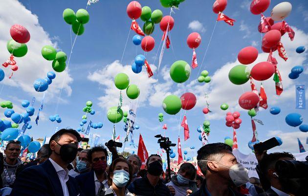 Manifestazione Cgil: da Letta a Conte fino a Speranza. Tutti i big in piazza