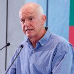 Πρώτες επαφές Παπανδρέου με υποψήφιους για την προεδρία στο ΚΙΝ.ΑΛ - Το ειρωνικό σχόλιο