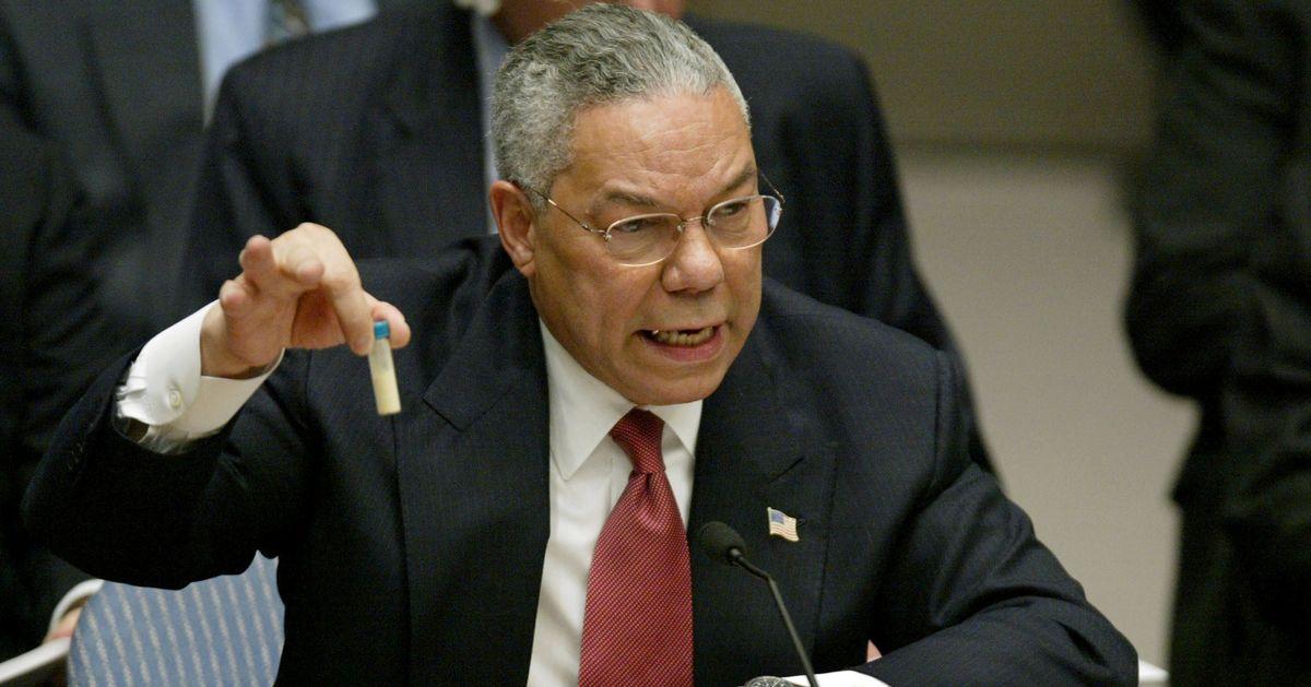 """Mort de Colin Powell, secrétaire d'État des """"armes de destruction massive"""" sous W. Bush"""